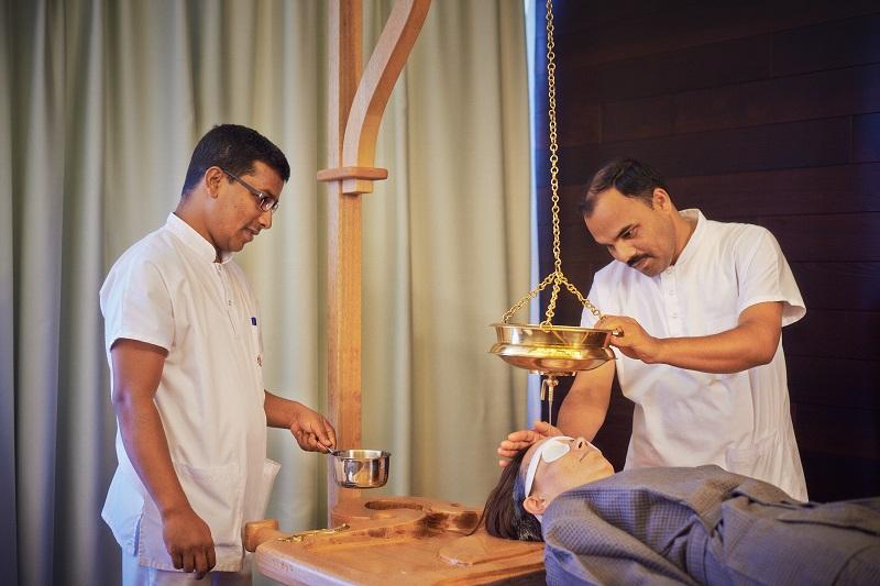 Аюрведа Клиника - Извършване на Аюрведа ритуал
