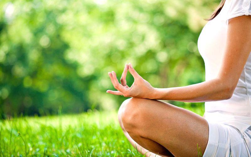 Йога медитация и спокойствие на открито | Ayurveda Bansko