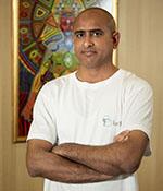 Йога инструктор Камал | Ayurveda Bansko