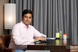 Dr Balazhi Pavar