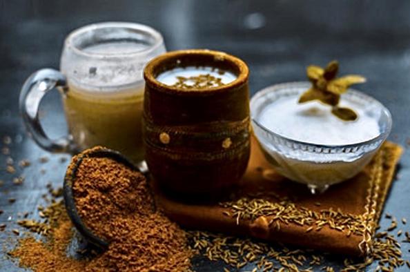 Qu'est-ce que le massage ayurvédique Tacara Dara?