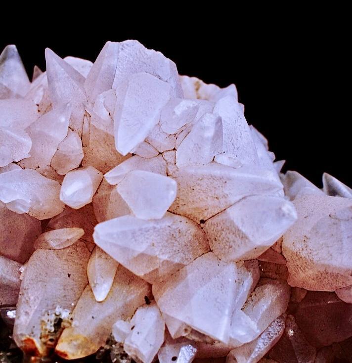 Аюрведическая процедура с драгоценными камнями