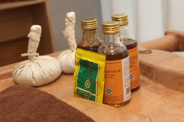 Arten von ätherischen Ölen im Ayurveda